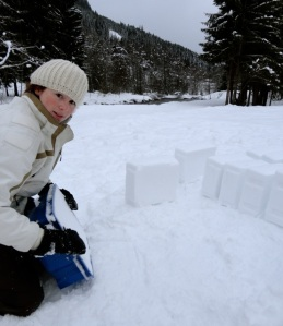Igloo making #1