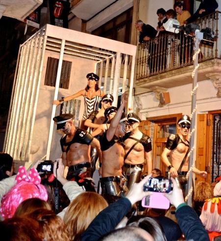 Police, Sitges Rua de Disbauxa