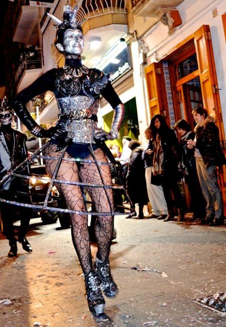 Silver woman Sitges Rua de Disbauxa